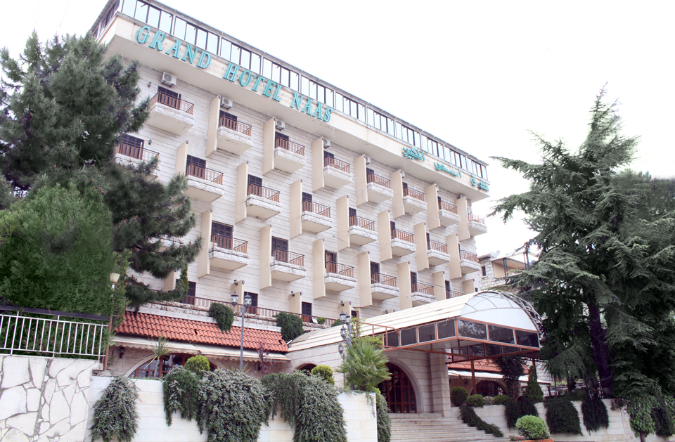 Hotel-naas